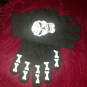Other - Gloves Skeleton design